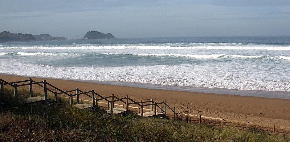 Camino-del-Norte-Playa-de-zarautz