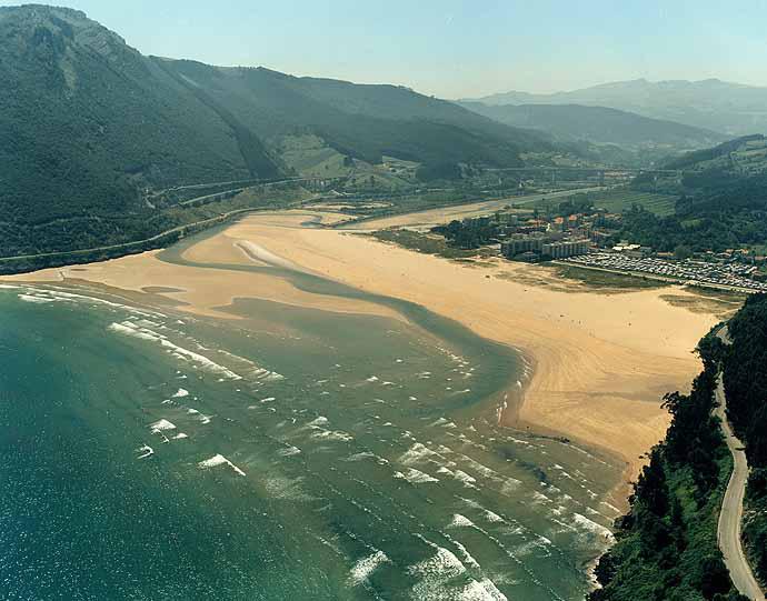 Camino-del-Norte-Playa-de-oriñon