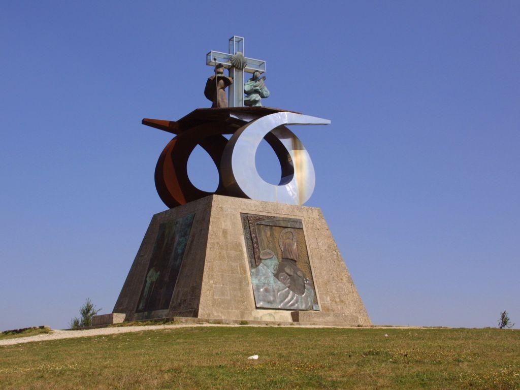 monumento_Monte_do_Gozo